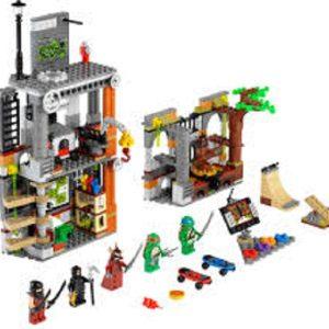 Đồ chơi Lego Turtles Turtle Lair Attack 79103