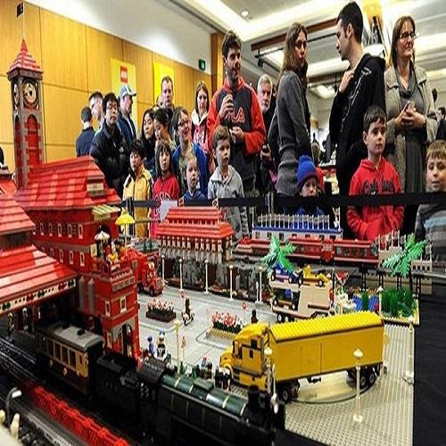 Lego Ha Noi xuat hien nhieu Lego nhai
