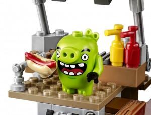 Đồ chơi Lego Angry Birds Pig City Teardown 75824 – Tấn công thành phố lợn