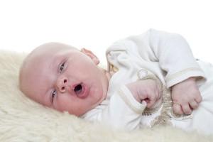 trẻ 4 tháng bị ho
