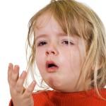trẻ bị viêm phổi